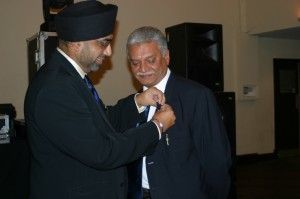 IPP Lion Suman receiving his 10 year service award