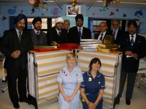 Presentation of Beds to KGH - 2008